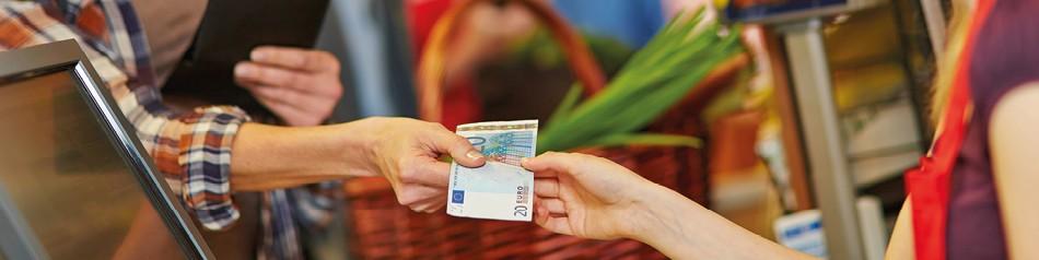 Bargeld abheben
